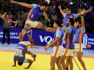 Ahmedabad:  Indian players celebrate after beating Iran by 39-28 points during the final match of ''Kabaddi World Cup 2016'' in Ahmedabad on Saturday. PTI Photo (PTI10_22_2016_000219B)